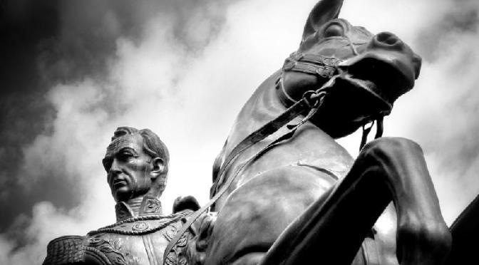 AH-BIO Simón Bolívar, Guerra a Muerte. Cap 1
