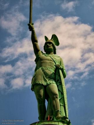Hermann__Arminius__Denkmal__Teutoburger_Wald__Grotenburg__Cherusker__Lippe