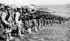 Siege_of_Tsingtao,_soldiers_of_IJA_18th_division_Kopie